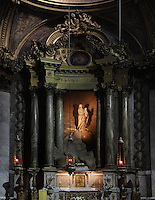Jean-Baptiste PIGALLE, 1714-85, Virgin Mary, sculpture, with surrounding Louis XVI decor, La Chapelle de la Vierge (Chapel of the Virgin), Eglise Saint-Sulpice (St Sulpitius' Church), c.1646-1745, late Baroque church on the Left Bank, Paris, France. Picture by Manuel Cohen