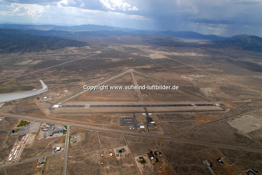 4415 / Ely: AMERIKA, VEREINIGTE STAATEN VON AMERIKA, NEVADA,  (AMERICA, UNITED STATES OF AMERICA), 24.07.2006: Ely, Flugplatz in der Wueste Nevada
