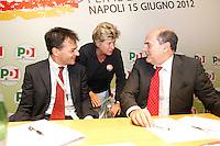NAPOLI 15/06/2012 CONFERENZA NAZIONALE PER IL LAVORO DEL PARTITO DEMOCRATICO.NELLA FOTO PIER LUIGI BERSANI  SUSANNA CAMUSSO STEFANO FASSINA.FOTO CIRO DE LUCA.