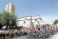 The peloton near El Salvador Church (Iglesia de El Savador) in Cuellar, province of Segovia, during the stage of La Vuelta 2012 beetwen Penafiel-La Lastrilla.September 7,2012. (ALTERPHOTOS/Acero) /NortePhoto.com<br /> <br /> **CREDITO*OBLIGATORIO** *No*Venta*A*Terceros*<br /> *No*Sale*So*third* ***No*Se*Permite*Hacer Archivo***No*Sale*So*third