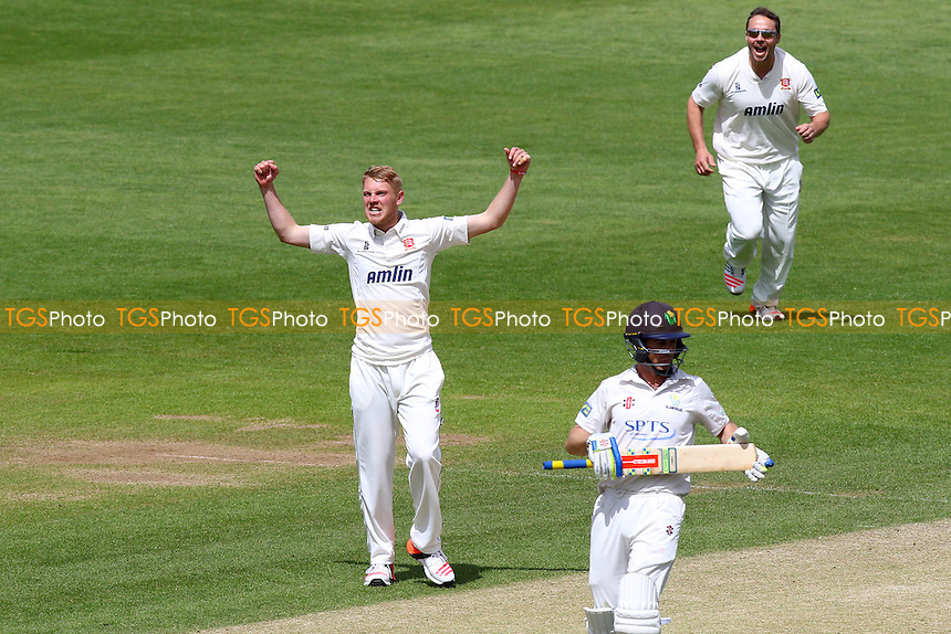 Jamie Porter of Essex celebrates taking the wicket of Colin Imgram - Glamorgan CCC vs Essex CCC - LV County Championship Division Two Cricket at the SWALEC Stadium, Sophia Gardens, Cardiff, Wales - 20/05/15 - MANDATORY CREDIT: TGSPHOTO - Self billing applies where appropriate - contact@tgsphoto.co.uk - NO UNPAID USE