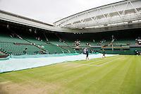 29-06-12, England, London, Tennis , Wimbledon, uncovering Centercourt