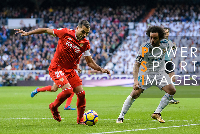 Gabriel Mercado of Sevilla FC (L) fights for the ball with Marcelo da Silva of Real Madrid (R) during La Liga 2017-18 match between Real Madrid and Sevilla FC at Santiago Bernabeu Stadium on 09 December 2017 in Madrid, Spain. Photo by Diego Souto / Power Sport Images
