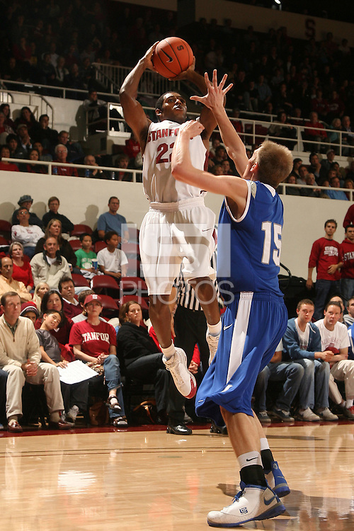 Stanford, CA - NOVEMBER 26:  Guard Kenny Brown #22 of the Stanford Cardinal during Stanford's 76-57 win against the Air Force Academy Falcons on November 26, 2008 at Maples Pavilion in Stanford, California.