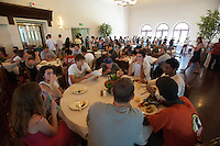 Senior Brunch in the Marketplace, May 15, 2009 (Photo by Marc Campos, Occidental College Photographer)