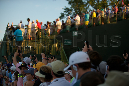19.06.2016. Pittsburgh, PA,USA.    Crowds in the stands during the final round of golf at the US Open at Oakmont Country Club in Pittsburgh, PA.