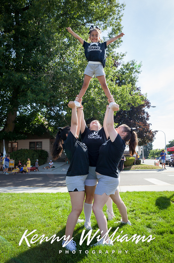 Royalty Elite Cheerleading, Auburn Days Parade & Festival 2016, Auburn, WA, USA.