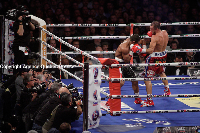 Montreal, CANADA, March 14, 2015.<br /> <br /> Sergey Kovalev fight Jean Pascal<br /> on March 14, 2015 at the Bell Centre in Montreal.<br /> <br /> Referee Luis Pabon stopped the fight in the 8th round after Pascal had been hit many times.<br /> <br /> Winner Kovalev retained his WBA, WBO and IBF titles<br /> <br /> PHOTO : Agence Quebec Presse - Pierre Roussel