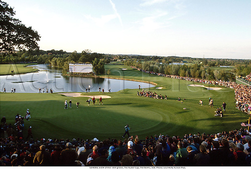 GENERAL VIEW of the 18th green, The Ryder Cup, The Belfry, 930. Photo: Glyn Kirk/Action Plus....1993.golf.lake.crowds.spectators.course courses.venue venues