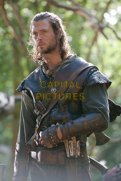 CHRIS HEMSWORTH.in Snow White and the Huntsman.*Filmstill - Editorial Use Only*.CAP/FB.Supplied by Capital Pictures.