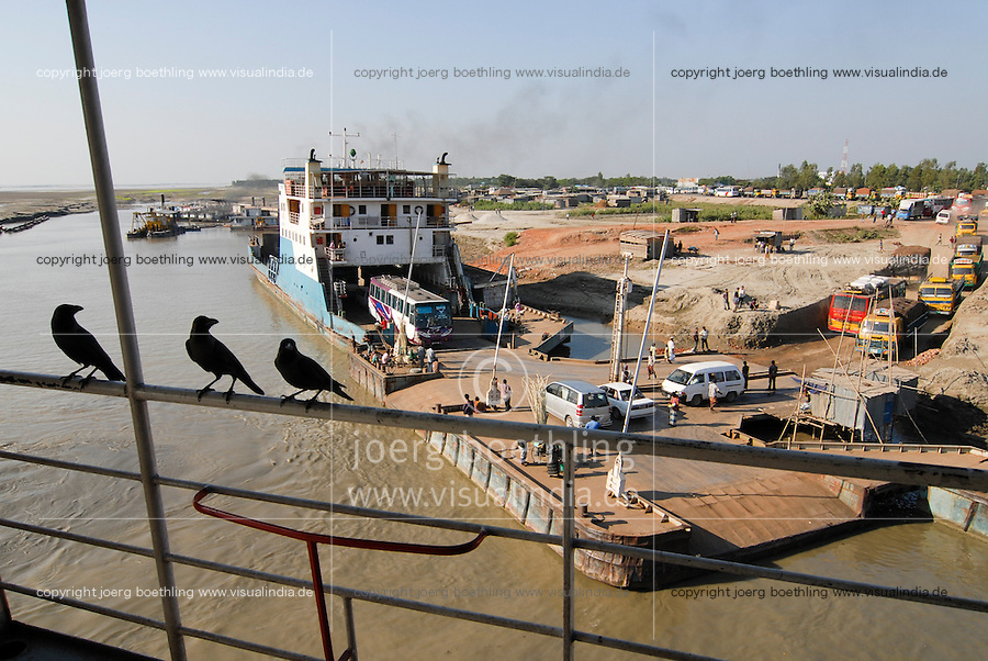 "Asien Suedasien Bangladesh , Autofaehre am Fluss Ganges , heisst in Bangladesh Padma  -  Transport xagndaz | .South asia Bangladesh , car ferry at river Padma .| [ copyright (c) Joerg Boethling / agenda , Veroeffentlichung nur gegen Honorar und Belegexemplar an / publication only with royalties and copy to:  agenda PG   Rothestr. 66   Germany D-22765 Hamburg   ph. ++49 40 391 907 14   e-mail: boethling@agenda-fototext.de   www.agenda-fototext.de   Bank: Hamburger Sparkasse  BLZ 200 505 50  Kto. 1281 120 178   IBAN: DE96 2005 0550 1281 1201 78   BIC: ""HASPDEHH"" ,  WEITERE MOTIVE ZU DIESEM THEMA SIND VORHANDEN!! MORE PICTURES ON THIS SUBJECT AVAILABLE!!  ] [#0,26,121#]"