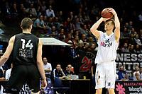 GRONINGEN - Basketbal, Donar - BSW Weert, Martiniplaza,  Dutch Basketball League, seizoen 2017-2018, 28-10-2017,  Donar speler Thomas Koenes legt aan voor een schot