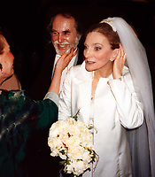 Judy Collins weds Louis Nelson 1996<br /> Photo By John Barrett/PHOTOlink