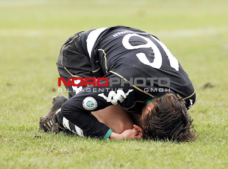 RLN 2006/2007 - 22.Spieltag RŁckrunde <br /> <br /> Kickers Emden - Werder Bremen II<br /> <br /> Alexander Hessel<br /> <br /> <br /> <br /> Foto &copy; nordphoto *** Local Caption *** Foto ist honorarpflichtig! zzgl. gesetzl. MwSt.<br /> <br /> <br /> <br /> Belegexemplar erforderlich