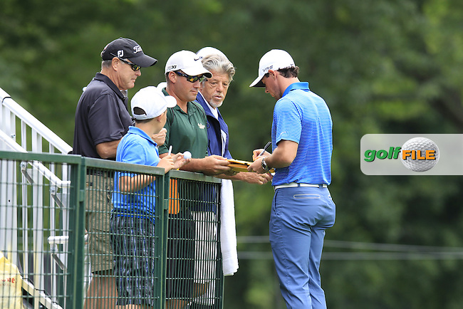 Rory MCILROY (NIR) signs autographs for fans during Tuesday's Practice Day of the WGC Bridgestone Invitational, held at the Firestone Country Club, Akron, Ohio.: Picture Eoin Clarke, www.golffile.ie: 29th July 2014