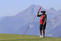 Brian caddy for Nicolas Colsaerts (BEL) on the 7th green during Saturday's Round 3 of the 2018 Omega European Masters, held at the Golf Club Crans-Sur-Sierre, Crans Montana, Switzerland. 8th September 2018.<br /> Picture: Eoin Clarke | Golffile<br /> <br /> <br /> All photos usage must carry mandatory copyright credit (&copy; Golffile | Eoin Clarke)