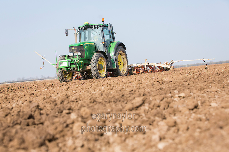 Drilling sugar beet with a twelve row derill - Lincolnshire, March