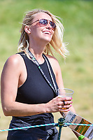 An avid golf fan enjoys the warm afternoon during Sunday's round 4 of the 117th U.S. Open, at Erin Hills, Erin, Wisconsin. 6/18/2017.<br /> Picture: Golffile | Ken Murray<br /> <br /> <br /> All photo usage must carry mandatory copyright credit (&copy; Golffile | Ken Murray)