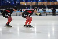 SCHAATSEN: HEERENVEEN: IJsstadion Thialf, 06-12-2016, ISU World Cup-training, Arjen Stroetinga (NED), KC Boutiette (USA), ©foto Martin de Jong