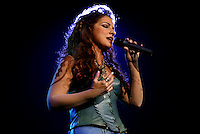 10/10/03, LAS VEGAS,NEVADA --- Gloria Estefan at Caesars Palace. --- Photo by Chris Farina