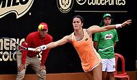 BOGOTA - COLOMBIA - 10 - 04 - 2017: Lara Arruabarrena de España, devuelve la bola a Conny Perrin de Suiza, durante partido por el Claro Colsanitas WTA, que se realiza en el Club Los Lagartos de la ciudad de Bogota. / Lara Arruabarrena of Spain, returns the ball to Conny Perrin of Switzerland, during a match for the WTA Claro Colsanitas, which takes place at Los Lagartos Club in Bogota city. Photo: VizzorImage / Luis Ramirez / Staff.