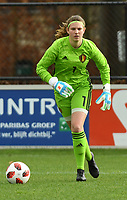 20200226 – KALMTHOUT , BELGIUM :  Belgian goalkeeper Faye Lammertyn (1) pictured during a friendly soccer game between the national youth Women Under 17 teams of Belgium and The Netherlands , a friendly football game in preparation for the UEFA Elite rounds in March in Belgium for the Belgian team , Wednesday 26 th February 2020 at the Heikant sportpark in Kalmthout , Belgium . PHOTO SPORTPIX.BE | DIRK VUYLSTEKE