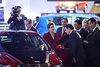 ATENCAO EDITOR IMAGEM EMBARGADA PARA VEICULOS INTERNACIONAIS -   SAO PAULO, SP, 24 OUTUBRO 2012 - SALAO INTERNACIONAL DO AUTOMOVEL - A presidente Dilma Rousseff, durante visita ao 27 Salao Internacional do Automovel no Anhembi na regiao norte da capital paulista, nesta quarta-feira, 24. (FOTO: WILLIAM VOLCOV / BRAZIL PHOTO PRESS).