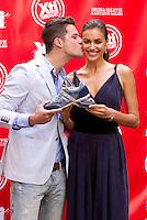 MADRI, ESPANHA, 18 DE MAIO 2012 - LANCAMENTO XTI SHOES - Irina Shayk e Arthur Sales durante ação de lançamento dos calcados da XTI no Hotel Hospes em Madri, capital da Espanha, nesta sexta-feira, 18. (FOTO: MIGUEL CORDOBA / ALFAQUI / BRAZIL PHOTO PRESS).