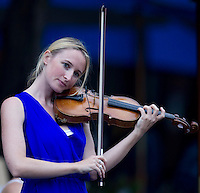 AMBIENCE - Jane play violin before the Women's Final for the crowd..Tennis - Grand Slam - US Open - Flushing Meadows - New York - Day 14 - September 11th  2011..© AMN Images, Barry House, 20-22 Worple Road, London, SW19 4DH, UK..+44 208 947 0100.www.amnimages.photoshelter.com.www.advantagemedianetwork.com.