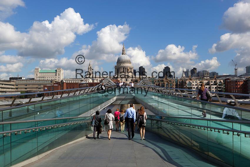 United Kingdom, London: Millennium Bridge and St. Paul's Cathedral | Grossbritannien, England, London: Millennium Bridge und St. Paul's Cathedral