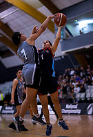 Action from the 2018 Schick AA Girls' Secondary Schools Basketball Premiership National Championship final between Hutt Valley High School and St Peter's School Cambridge at the B&M Centre in Palmerston North, New Zealand on Saturday, 6 October 2018. Photo: Dave Lintott / lintottphoto.co.nz