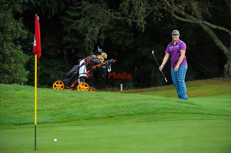 Ela Grimswood. Day one of the Jennian Homes Charles Tour Lawnmaster Classic Manawatu Open at Manawatu Golf Club, Palmerston North, New Zealand on Friday, 18 March 2016. Photo: Dave Lintott / lintottphoto.co.nz