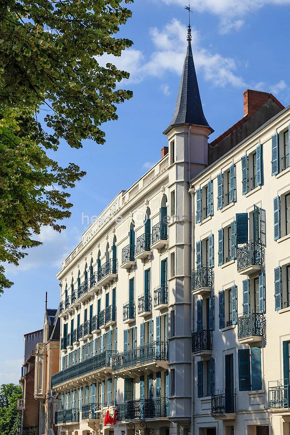 France, Allier (03), Néris-les-Bains, hôtel du Jardin et du Parc // France, Allier, Neris les Bains, hotel du Jardin et du Parc