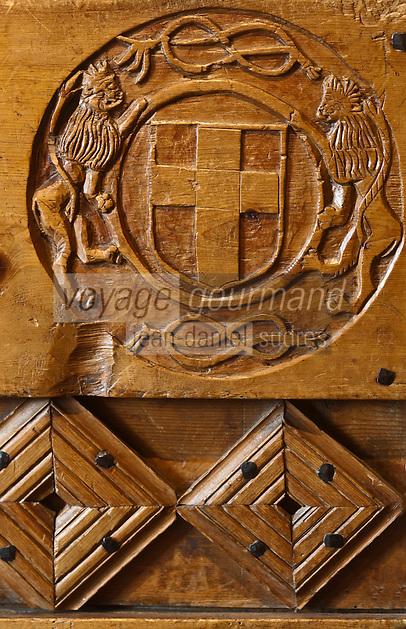 Europe/France/Rhône-Alpes/74/Haute-Savoie/Annecy: Détail d'un coffre portant l'écu de Savoie XVII éme - Collections du Musée-Château d'Annecy