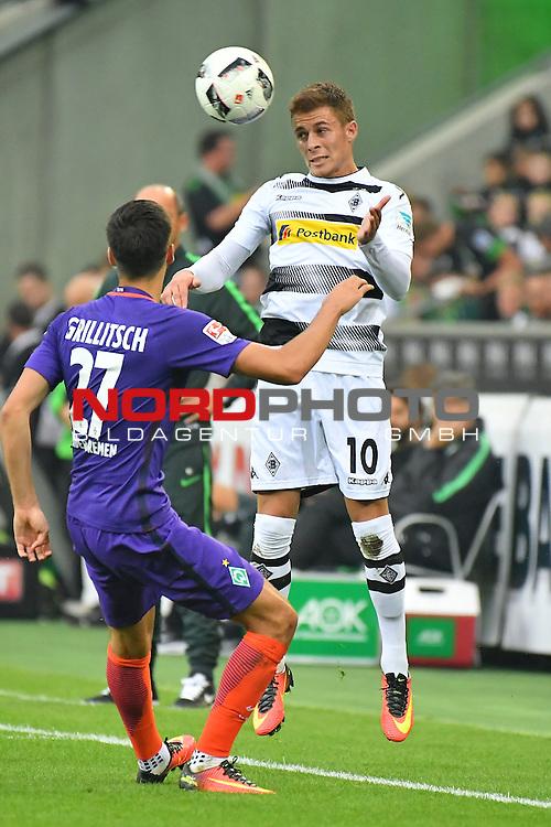 17.09.2016, Borussia-Park, Moenchengladbach, GER, 1.FBL., Borussia Moenchengladbach vs. SV Werder Bremen  <br /> <br /> im Bild / picture shows: <br /> Kopfballduell Thorgan Hazard (Borussia Moenchengladbach #10) gegen Florian Grillitsch (Werder Bremen #27)<br /> <br /> <br /> <br /> Foto &copy; nordphoto / Meuter