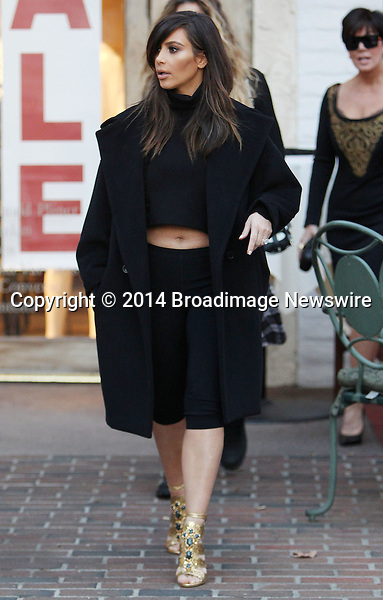 Pictured: Kim Kardashian, Khloe Kardashian<br /> Mandatory Credit &copy; ACLA/Broadimage<br /> Kim Kardashian out for lunch with mom Kris Jenner at Fins Seafood Grill in Westlake Village<br /> <br /> 2/4/14, Westlake Village, California, United States of America<br /> <br /> Broadimage Newswire<br /> Los Angeles 1+  (310) 301-1027<br /> New York      1+  (646) 827-9134<br /> sales@broadimage.com<br /> http://www.broadimage.com