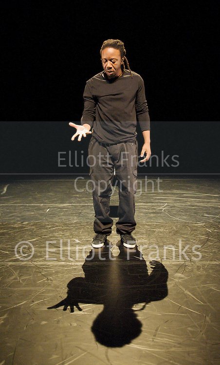 Jonzi D<br />