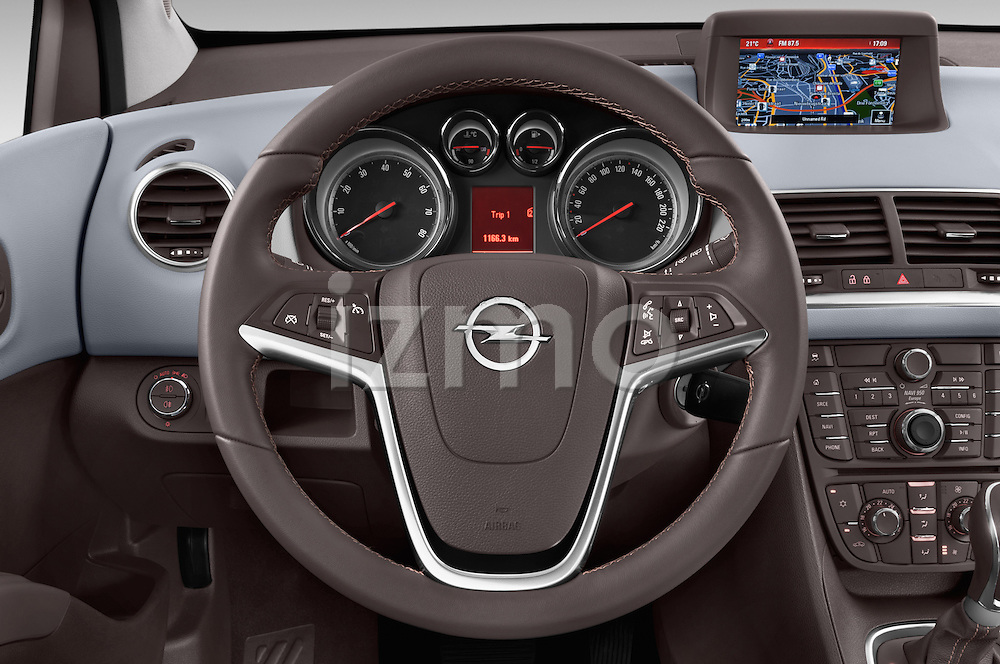 Steering Wheel View 2014 Opel MERIVA Cosmo 5 Door Mini MPV 2WD Stock Photo