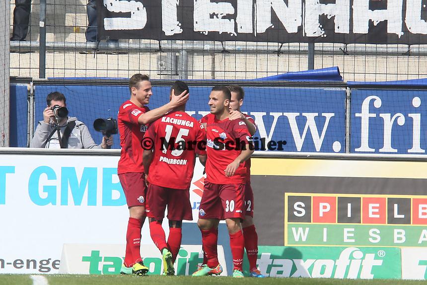 Torjubel Paderborn beim 0:1 - FSV Frankfurt vs. SC Paderborn 07, Frankfurter Volksbank Stadion