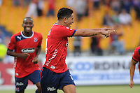 MEDELLÍN -COLOMBIA-14-04-2013.  Germán Ezaquiel Cano de Medellín celebra un gol ante el Cúcuta durante partido en la décima fecha de la Liga Postobón 2013-1 realizado en el estadio Atanasio Girardot de Medellín./ Germán Ezaquiel Cano of Medellincelebrates a goal against  Cucuta during match of the 10th date in the 2013-1 Postobon League at Atanasio Girardot stadium in Medellin.  Photo:VizzorImage/Luis Ríos/STR