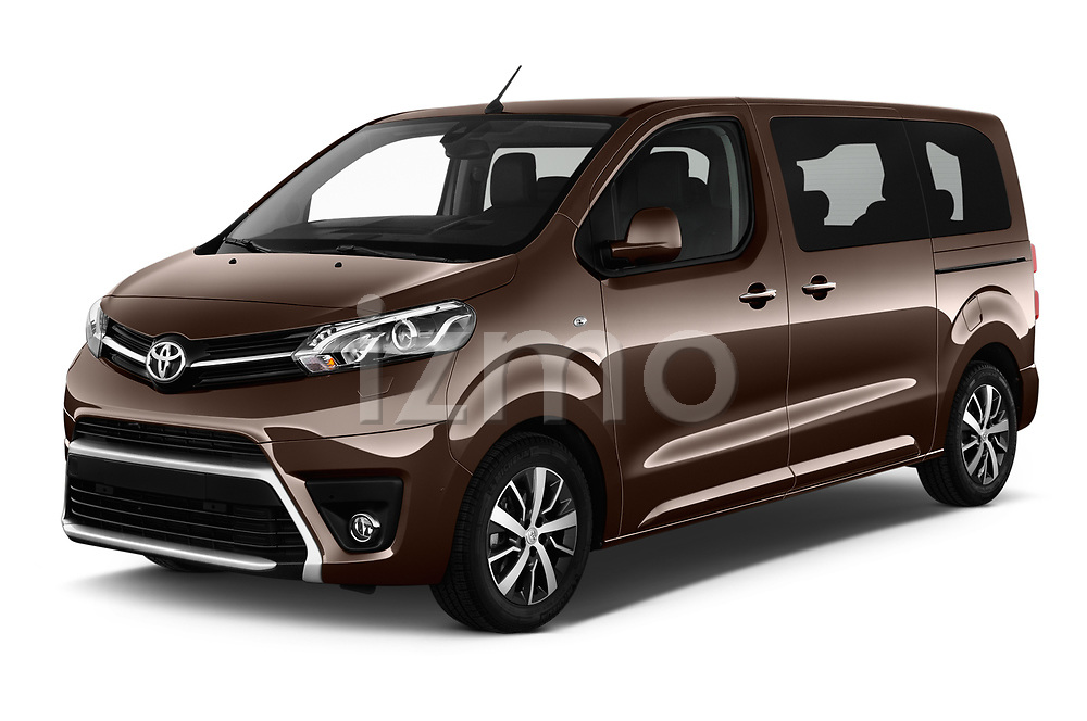 2018 Toyota Proace-Verso VIP 5 Door Minivan Angular Front stock photos of front three quarter view