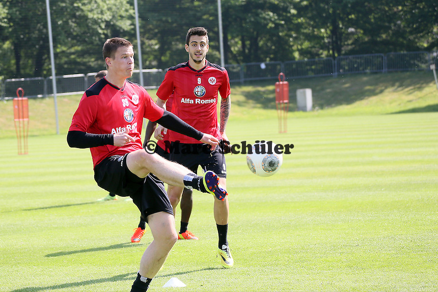 Alexander Madlung und Joselu (Eintracht) - Eintracht Frankfurt Training, Commerzbank Arena