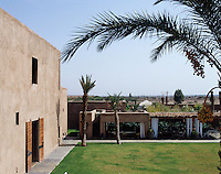 The house has an abundance of areas in which to relax or entertain including the outdoor dining loggia and roof terrace