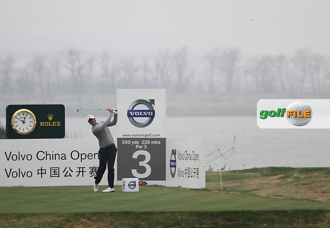Nicolas Colsaerts (BEL) on the 3rd on Day 2 of the 2012 Volvo China Open at Binhai Lake Golf Club, Tianjin, China...(Photo Jenny Matthews/www.golffile.ie)