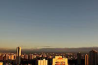 SAO PAULO, SP, 16/05/2012, CLIMA TEMPO.<br /> <br /> Amanhecer gelado na capital paulista nessa Quarta-feira(16).<br /> <br /> LUiz Guarnieri/ Brazil Photo Press