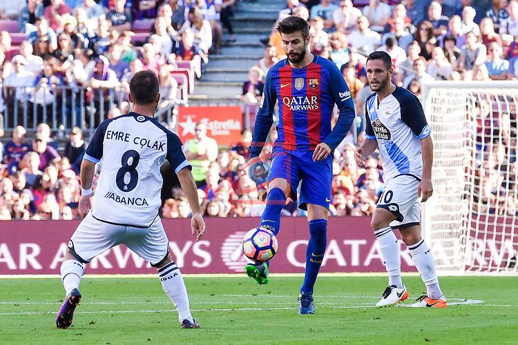 League Santander 2016/2017. Game: 8.<br /> FC Barcelona vs Deportivo: 4-0.<br /> Emre Colak, Gerard Pique &amp; Andone.