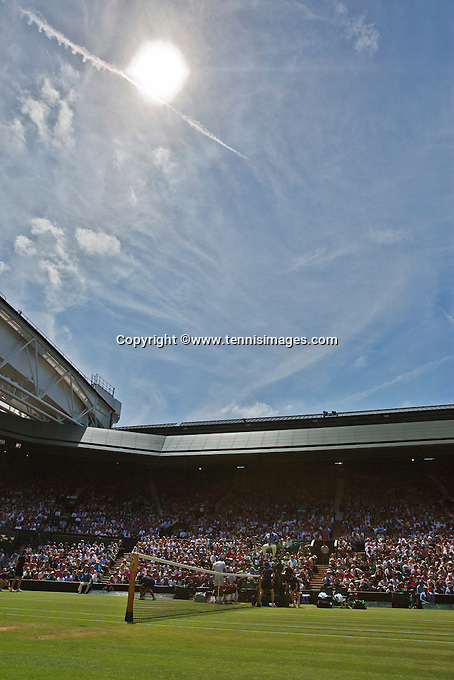England, London, Juli 04, 2015, Tennis, Wimbledon, Overall view of Cenrecourt<br /> Photo: Tennisimages/Henk Koster