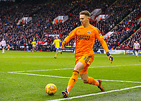 Sheffield United's Dean Henderson passes the ball to Leeds United's Jack Clarke, before conceding the only goal of the game <br /> <br /> Photographer Alex Dodd/CameraSport<br /> <br /> The EFL Sky Bet Championship - Sheffield United v Leeds United - Saturday 1st December 2018 - Bramall Lane - Sheffield<br /> <br /> World Copyright &copy; 2018 CameraSport. All rights reserved. 43 Linden Ave. Countesthorpe. Leicester. England. LE8 5PG - Tel: +44 (0) 116 277 4147 - admin@camerasport.com - www.camerasport.com