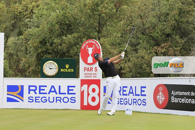 Thomas Bjorn (DEN) on the 18th tee during Round 1 of the Open de Espana  in Club de Golf el Prat, Barcelona on Thursday 14th May 2015.<br /> Picture:  Thos Caffrey / www.golffile.ie