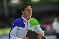 SCHAATSEN: HEERENVEEN: 26-12-2013, IJsstadion Thialf, KNSB Kwalificatie Toernooi (KKT), Erik Bouwman (trainer/coach Jong Oranje), ©foto Martin de Jong